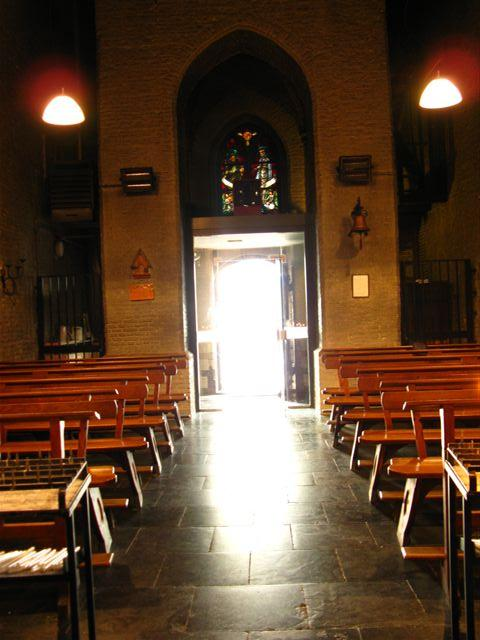 licht_door_kerkdeur_w44_-_website
